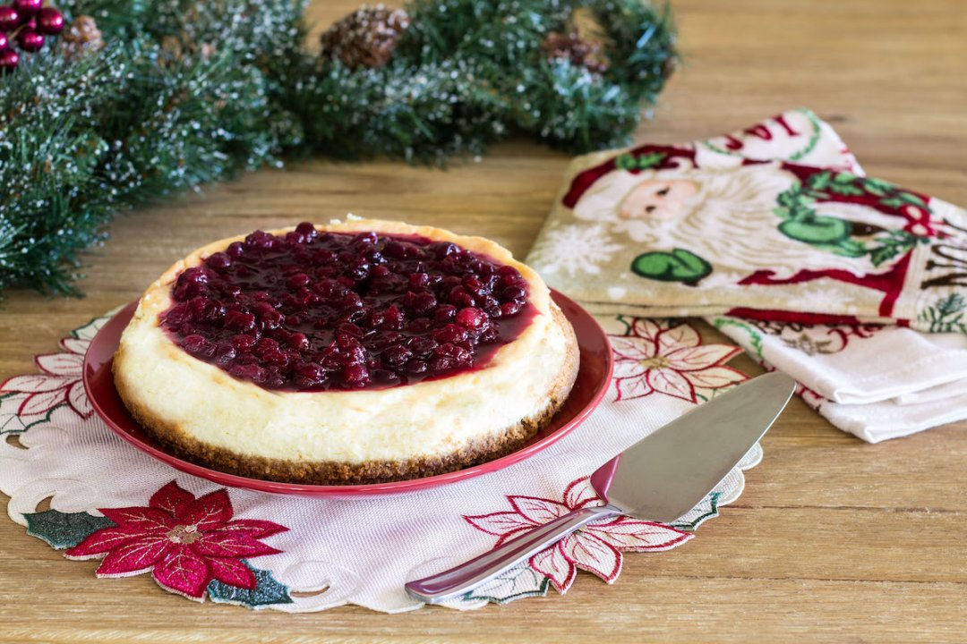 Rich and creamy cranberry cheesecake with a deliciously sweet and tart cranberry compote on top. Recipe via MonPetitFour.com