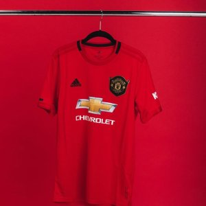e87915cd Manchester United Jerseys & Apparel | SOCCER.COM