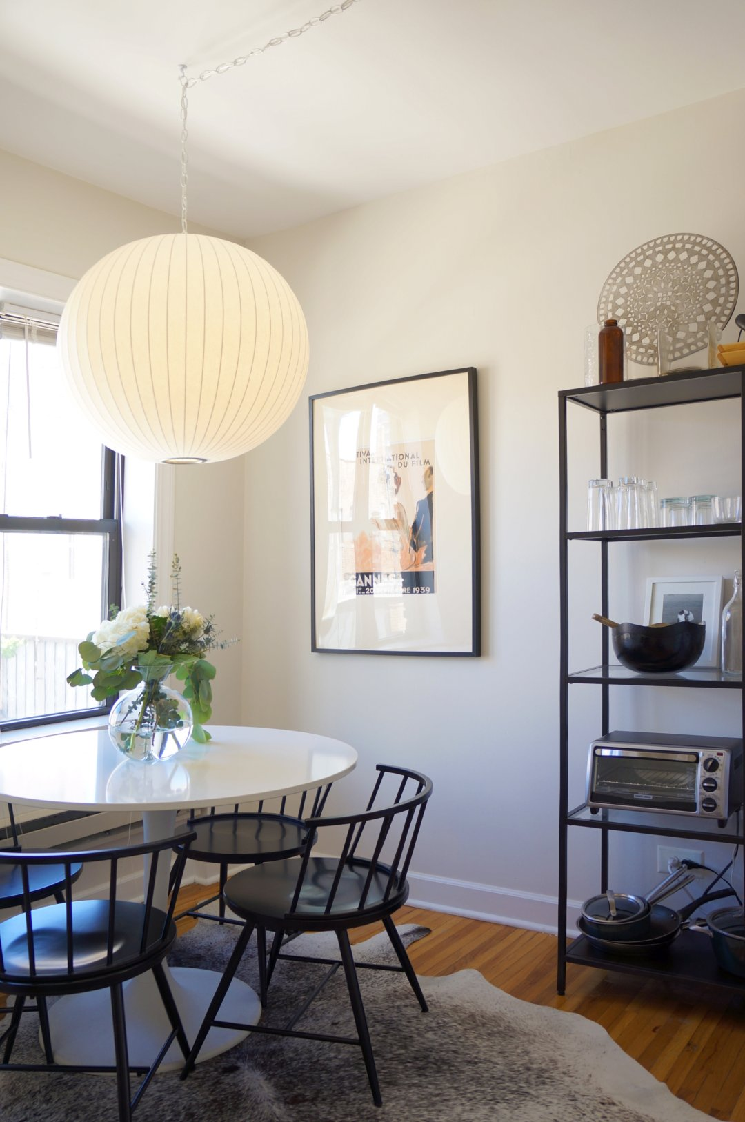 House Tour A Small Boho Lux Chicago Apartment Apartment