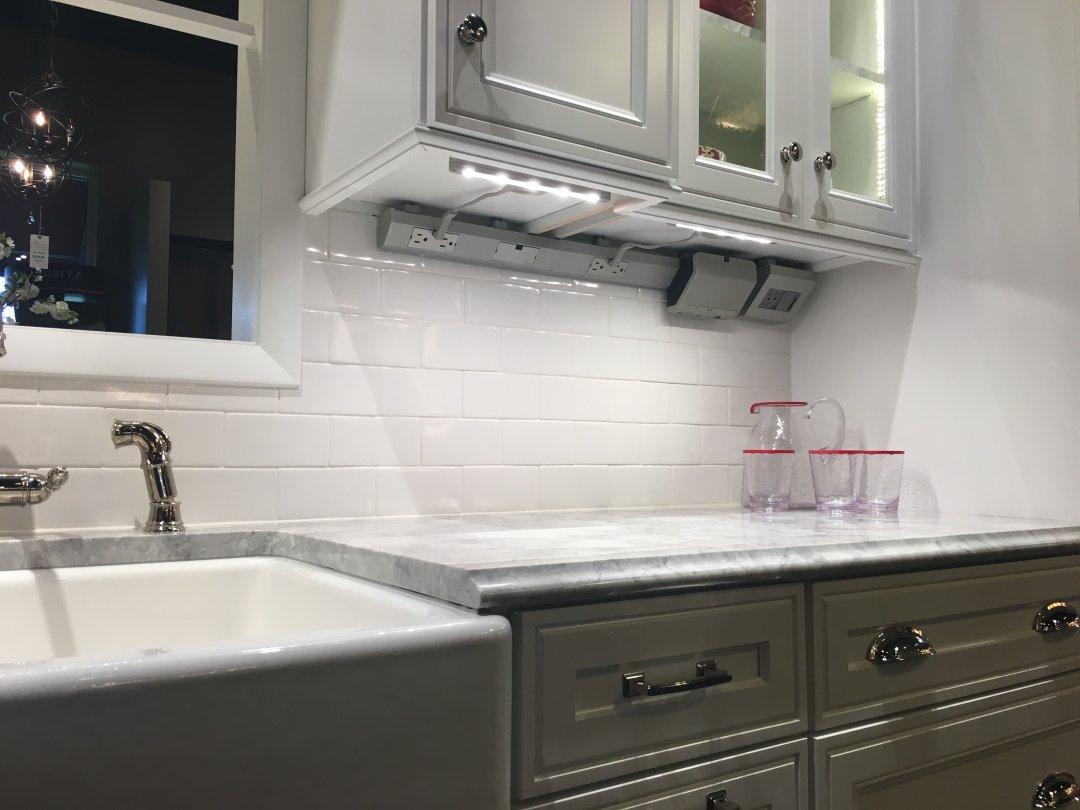 How To Choose Under Cabinet Lighting Lumens Com