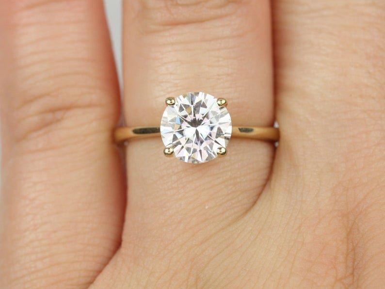 Skinny Flora 2.0 Diamond Ring on Hand