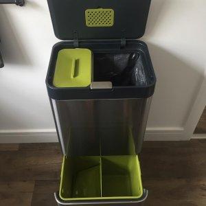 Totem 60 Waste & Recycling Bin