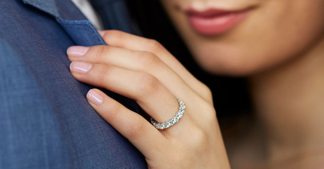 Eternity Rings: Find The Right Carat Total Weight For You ...