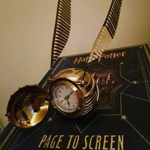 HARRY POTTER™ GOLDEN SNITCH™ Clock