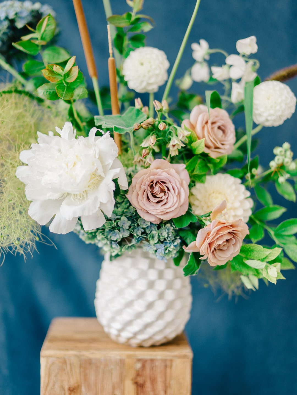 Diy Summer Floral Arrangement Crate And Barrel Blog