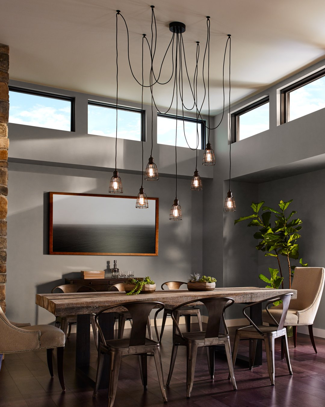 How To Choose The Right Chandelier For Your Dining Room
