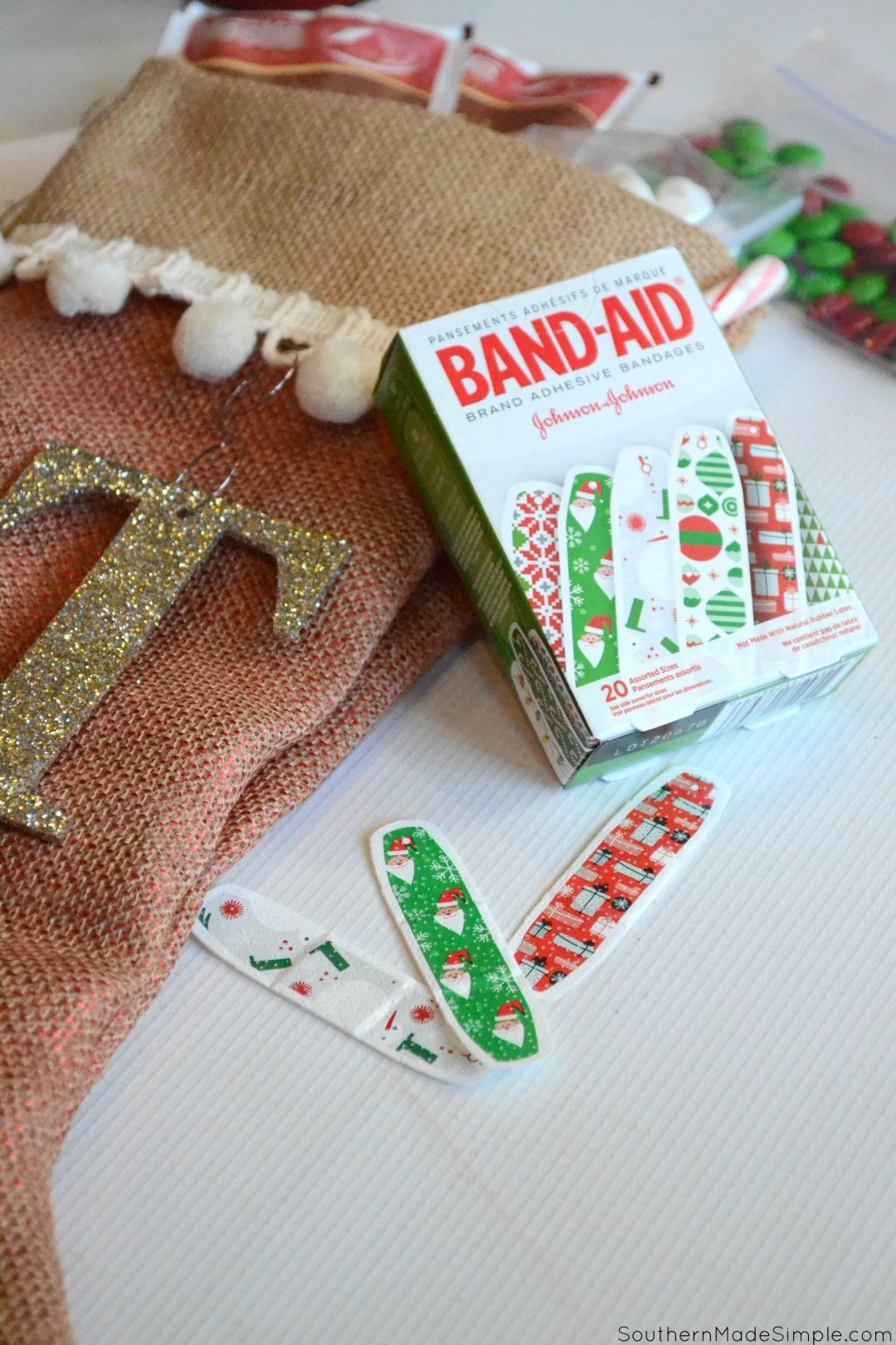 Diy no sew burlap stocking holiday guest stocking stuffer ideas shop band aid holiday deco and more solutioingenieria Image collections