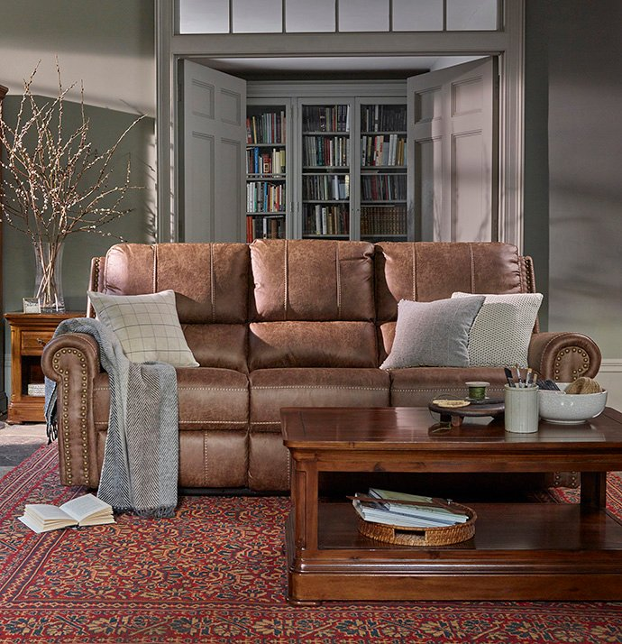 What S The Difference Between A Sofa And A Loveseat
