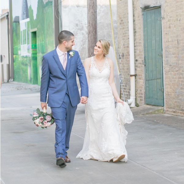 bc9d41c46076 This wedding had all the perfect details from the gorgeous bride