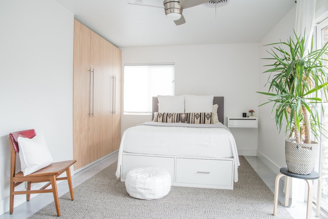 House Tour A Diy Couple S Renovated Sixties Home
