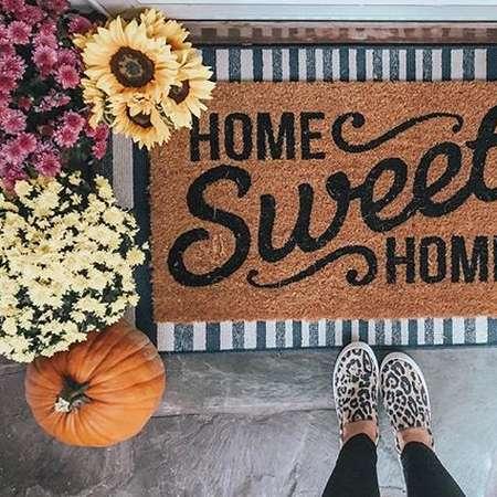 instagram post by fashiondarlingblog
