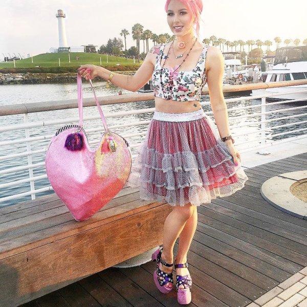 bb2f48152d Life s too short to not dress cute. 💗 Full wardrobe (shirt