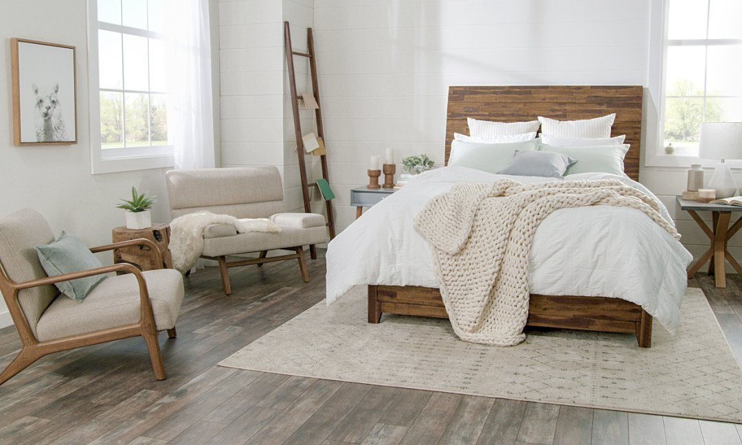 Cozy Hygge Home - Revitalizing bedroom with cozy textiles
