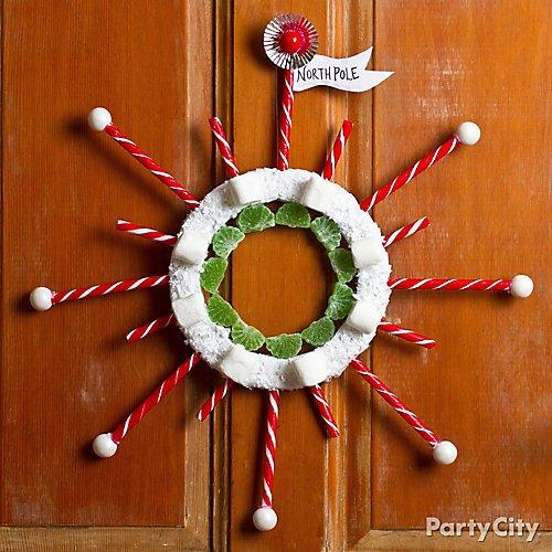 13 Fun Unique Diy Christmas Wreath Ideas Party City