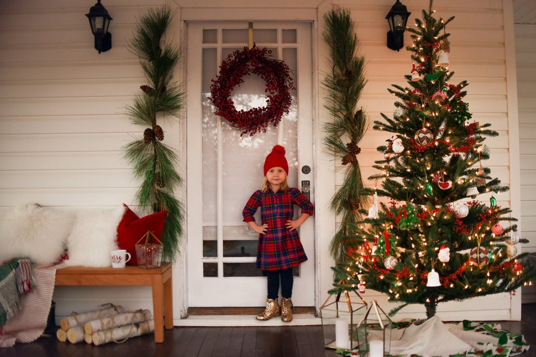 front porch christmas decorations crate and barrel blog. Black Bedroom Furniture Sets. Home Design Ideas