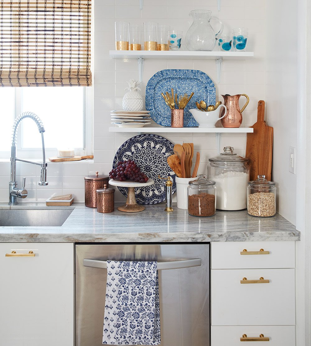 Blue and White Kitchen - Curalate Img