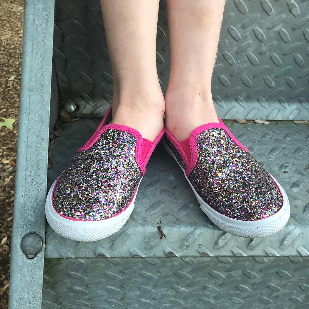 6e8e2cc3d55f Toddler Girls  Madigan Slip on Glitter Sneakers with Glitter - Cat ...