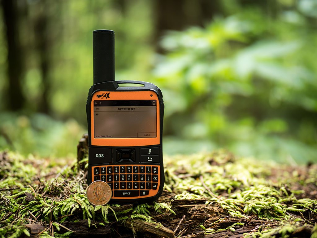 Best Satellite Messengers: Comparison & Reviews | REI Co-op