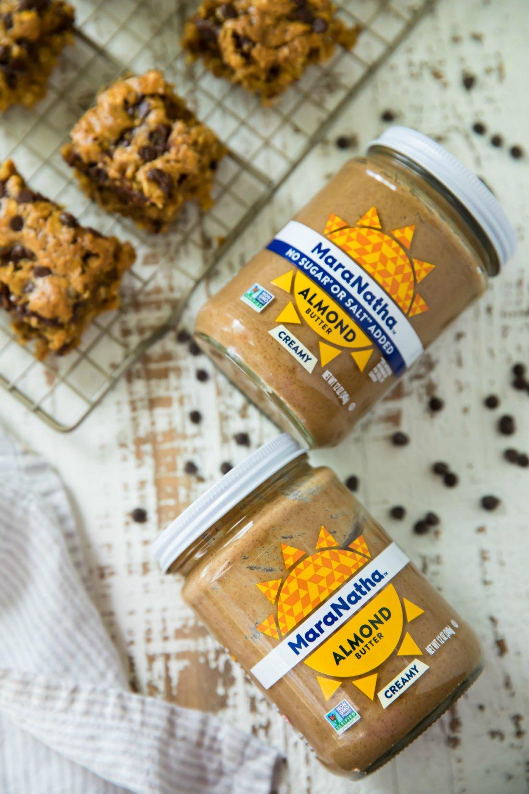 Healthy Chocolate Chip Oatmeal Bars - Kim's Cravings