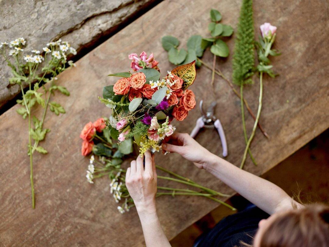 Making Flowers Last Longer Crate And Barrel Blog