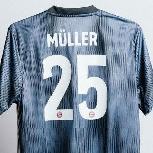 classic fit 3bd04 baec7 italy bayern munchen 15 16 home full kit personalized name ...