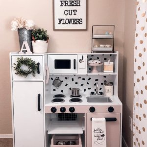 Deluxe Big and Bright Play Kitchen