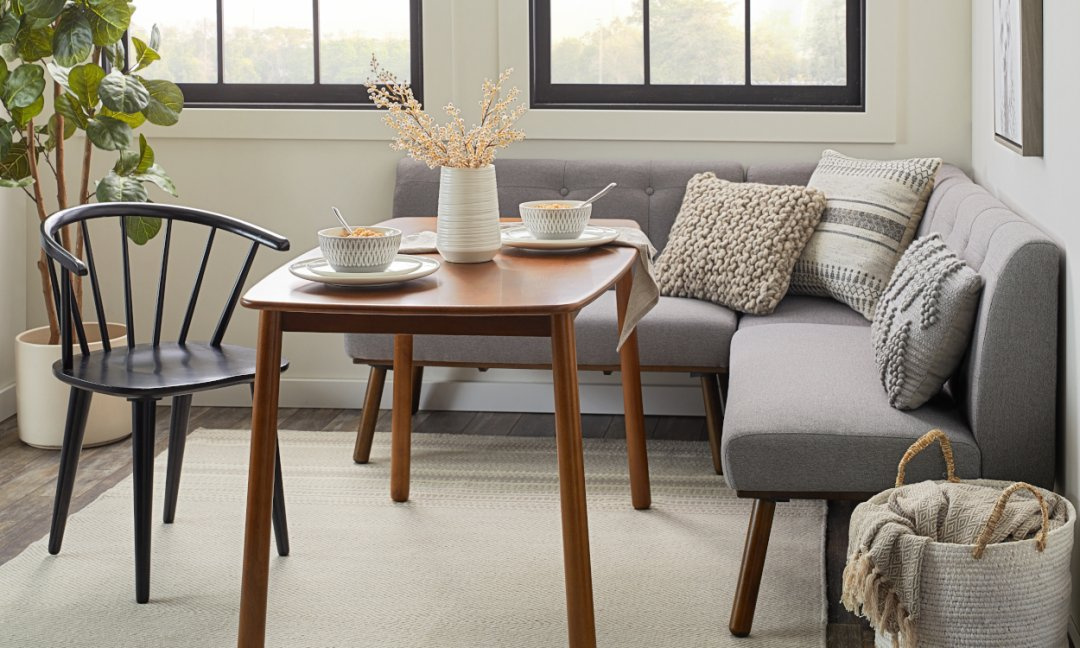 decorate a small dining room | 6 Easy Dining Room Ideas for Small Spaces | Overstock.com