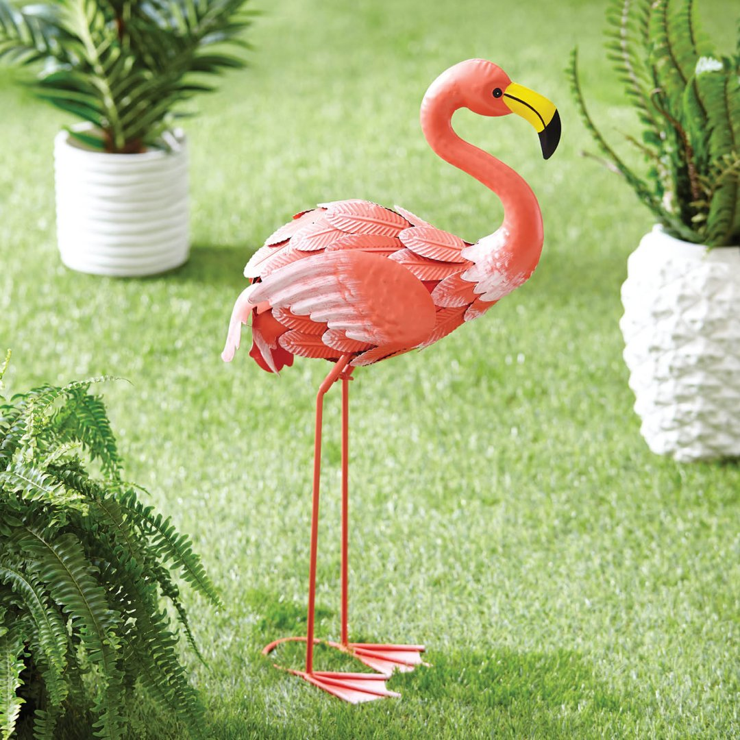 Not Your Garden Variety: hot garden accents for your outdoor oasis ...