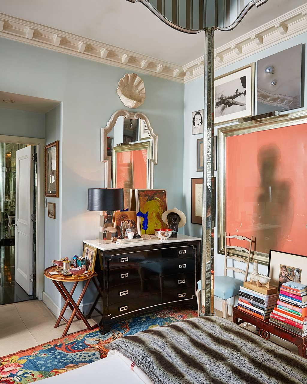 home tour: miles redd's eclectic, new york townhouse - how to decorate