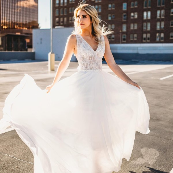 d027a8a52e In our Stories today is a gorgeous downtown shoot we did with some  incredible vendors! Justin Alexander. Style 88021. My bridal ...