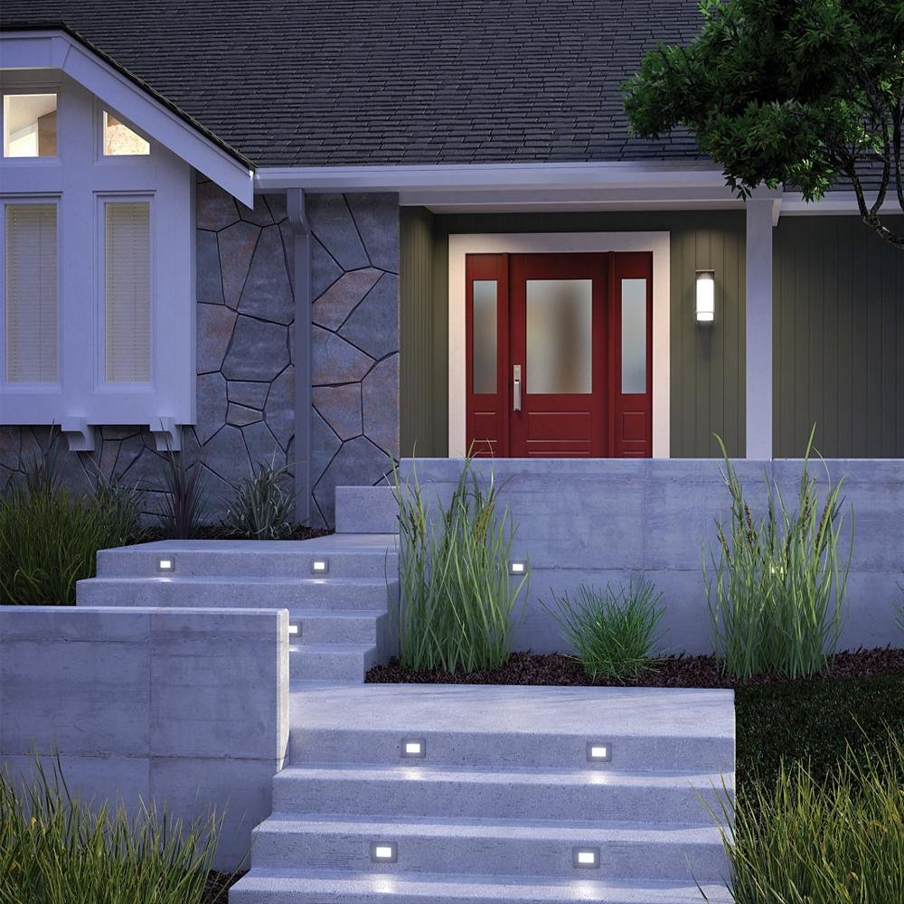 Landscape Lighting Guide: Outdoor Lighting Buyer's Guide