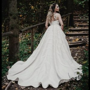 Elegant And Sophisticated Wedding Dresses
