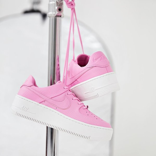 promo code 3f2cd 11cc2 A favourite of ours given a new platform. nikesportswear  footasylumwomens   nike  airforce1