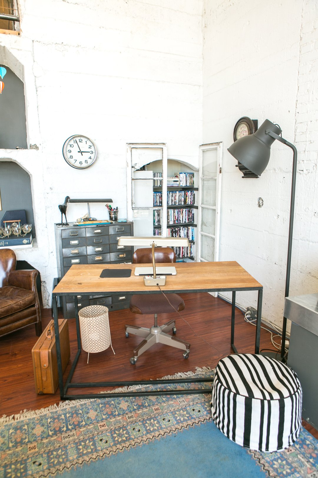Get The Look Industrial Quirky La Loft Style Apartment