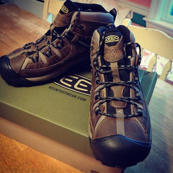 ab734fbbb5ea  keen was the only brand in the countless that I tried on that actually fit  right (merril s actually hurt) Now to get these ...
