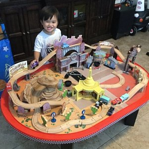 Disney Radiator Springs Train Table Train Set Kidkraft