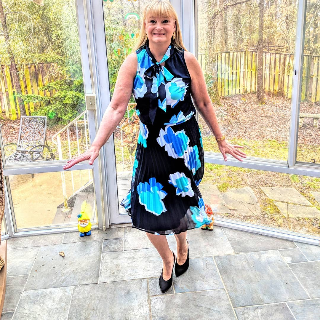 c7eeebe314e40 Women s Floral Print Sleeveless V-Neck Tie Top - A New Day Blue ...