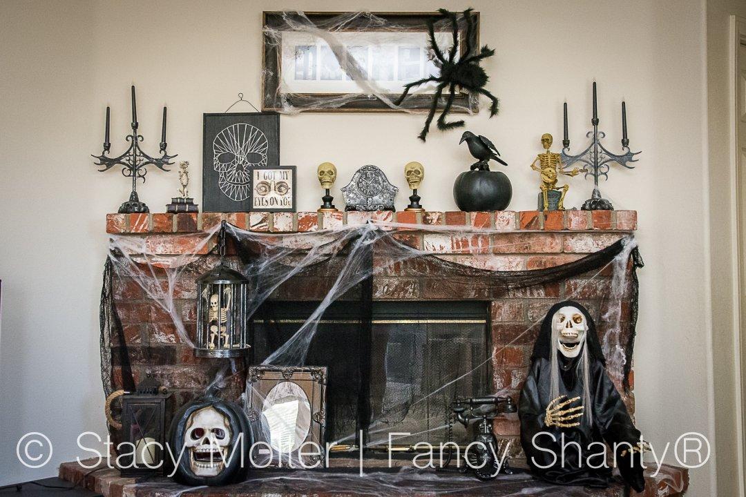 Halloween Mantel Decorating Ideas - Fancy Shanty
