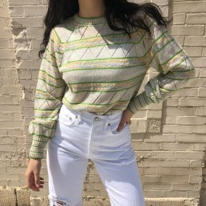 f6f27633aac0 the sweetest vintage sweater. Best for size S/M. lightweight cotton blend