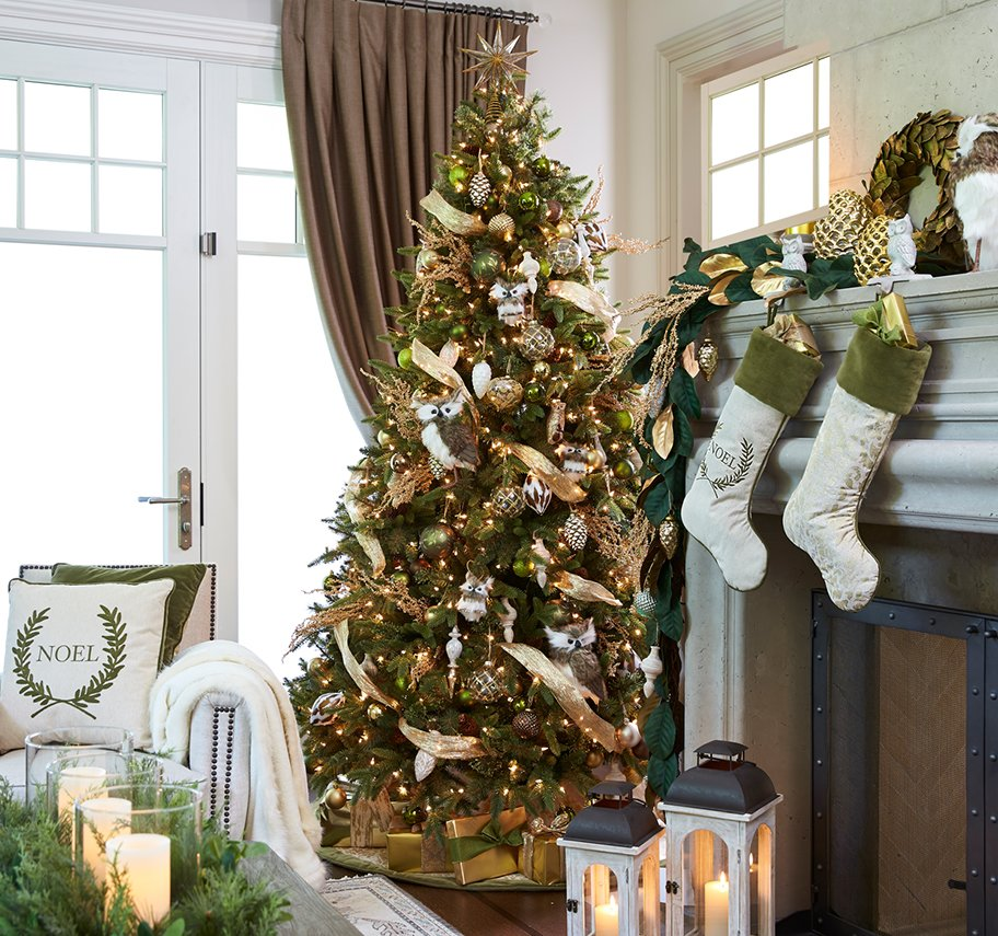 New Christmas Decor Trends to try this Holiday Season   Lowe\'s Canada