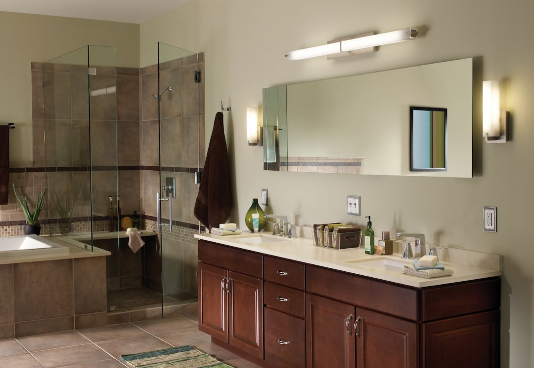 How to light a bathroom lighting ideas tips ylighting - Bathroom vanity mirror side lights ...