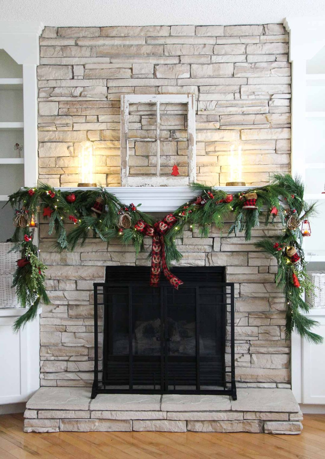 How To Diy A Fireplace Christmas Swag In 3 Steps Lowe S Canada