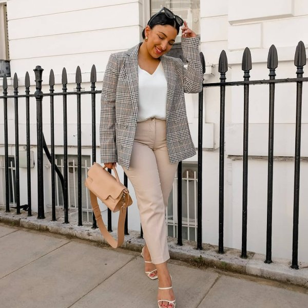 c51f69c3b46 Summer in the City {wearing trousers and top by wallisfashion and blazer by  primark all