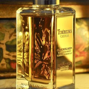 6624753b8 Tubéreuses Castane a luscious and rich concoction of tuberose, roasted  chestnuts and Tonka bean.
