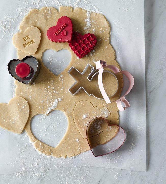 williams sonoma valentine heart stamp cookie cutter set - Decorating Valentine Cookies