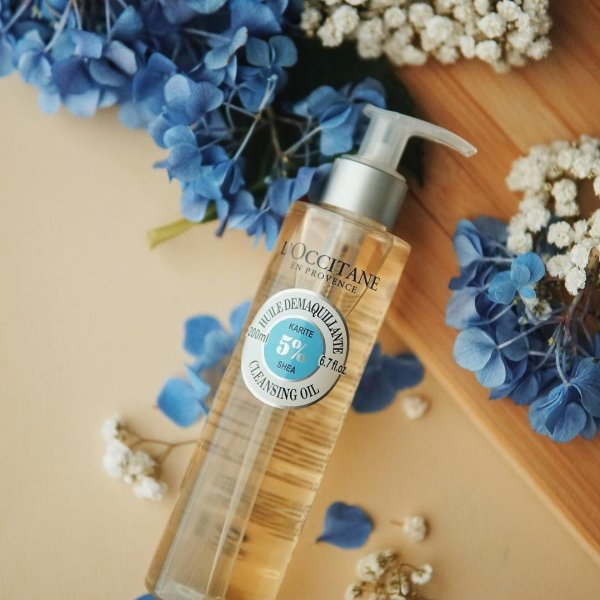 L'Occitane Face Cleansing Oil