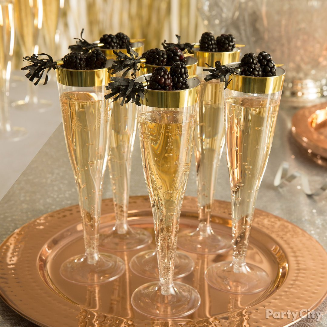 New Year S Eve Champagne Party Ideas Party City