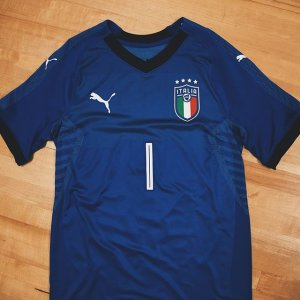 1ef0cdbe5ba Authentic Azzurro 👕 Be the first to own the 2018  azzurri home jersey  featuring redesigned