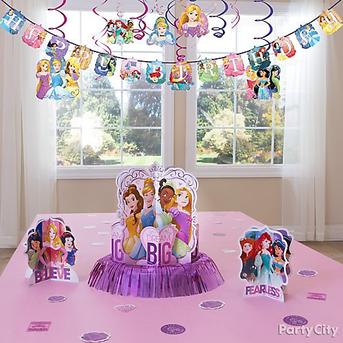 Idea 9 Adorn Your Table In Princess Regalia Trying To Decorate The Perfect Birthday