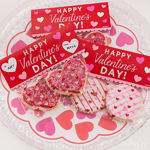 Curated Image With Valentines Day Doilies 18ct Clear Plastic Crystal Cut Platter